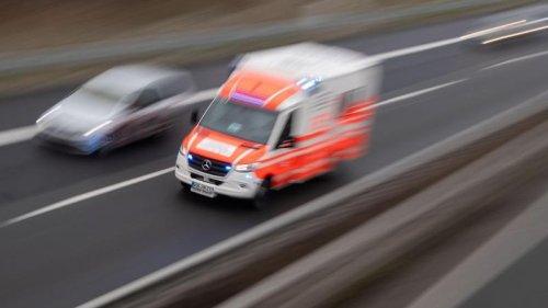 Unfälle - Erfurt:Kollision beim Linksabbiegen: Vier Schwerverletzte