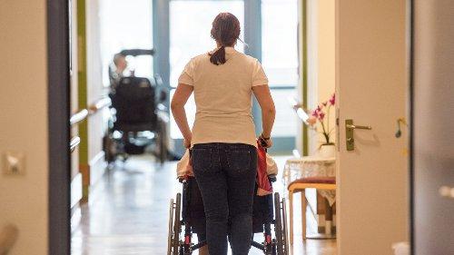 Freising: Zwist über Entlohnung der Pflegekräfte