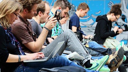 Social Media Recruiting:Bewerbersuche über Youtube und Facebook