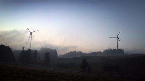 Erneuerbare Energien:Experte hält Abstandsregeln bei Windkraftanlagen für verfassungswidrig