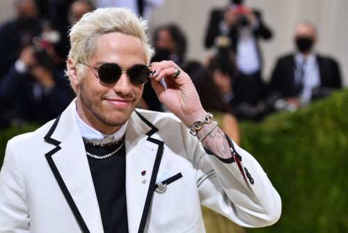 Pete Davidson Leaving SNL, Making Moves On Kaley Cuoco?