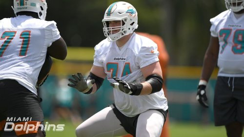 Entire Dolphins draft class signed as rookie OL Liam Eichenberg agrees to terms