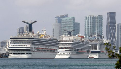 Florida can't force cruises to restart during pandemic, feds say in legal battle