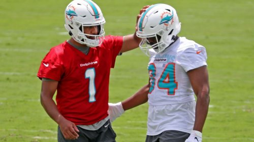Kelly: How many interceptions? Tagovailoa, Dolphins offense struggle in first minicamp session | Commentary