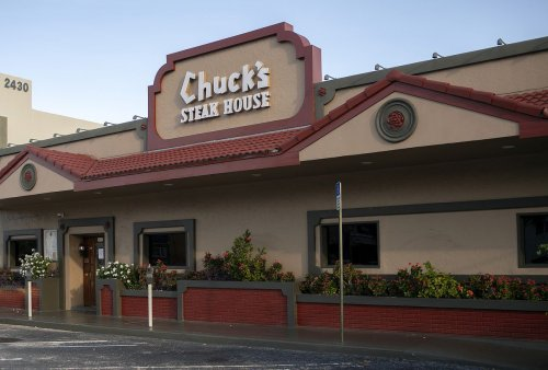 'It's a total disaster': Chuck's Steak House in Fort Lauderdale shuts down after 46 years