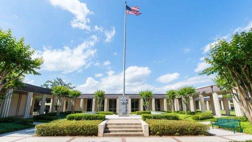 Billionaire MacKenzie Scott donates $20 million to MS Gulf Coast Community College