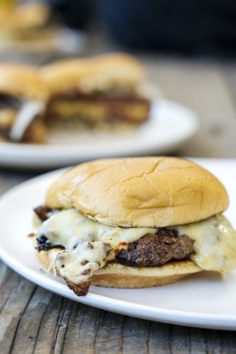 The Matt Horn Smash Burger Recipe - Sunset Magazine