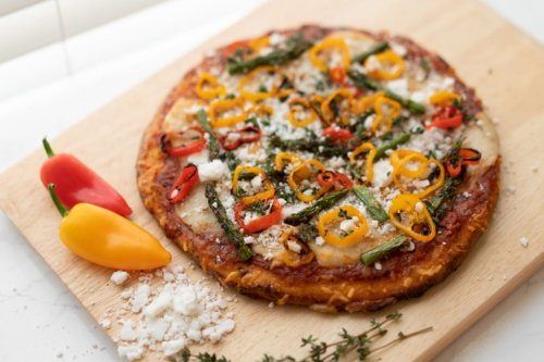 Easy Garden-Fresh Upgrades to Weeknight Pizza - Sunset Magazine