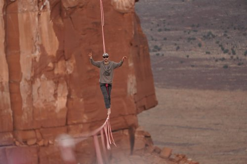 This New Discovery Series Digs in to the Extreme Sport of Highlining