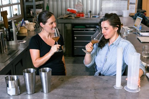 This Low-Alcohol Sparkling Wine Heralds a New Kind of Party Drink - Sunset Magazine