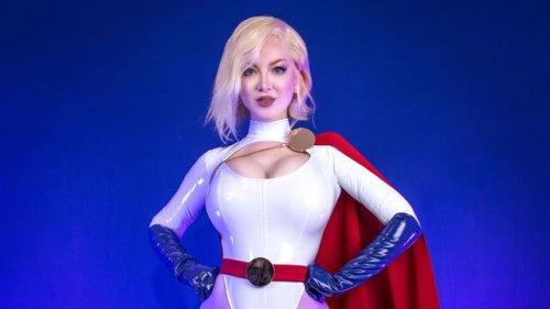 Superhero Hype Cosplay: Creating Power Girl