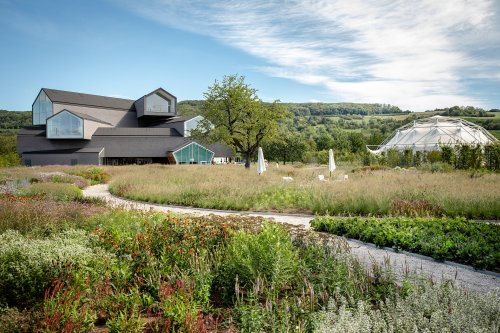 At the Vitra Campus, Piet Oudolf's Perennial Gardens Are in Full Bloom – SURFACE