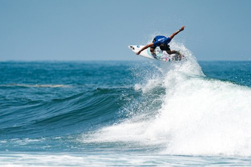 Joan Duru and Sally Fitzgibbons win 2021 World Surfing Games