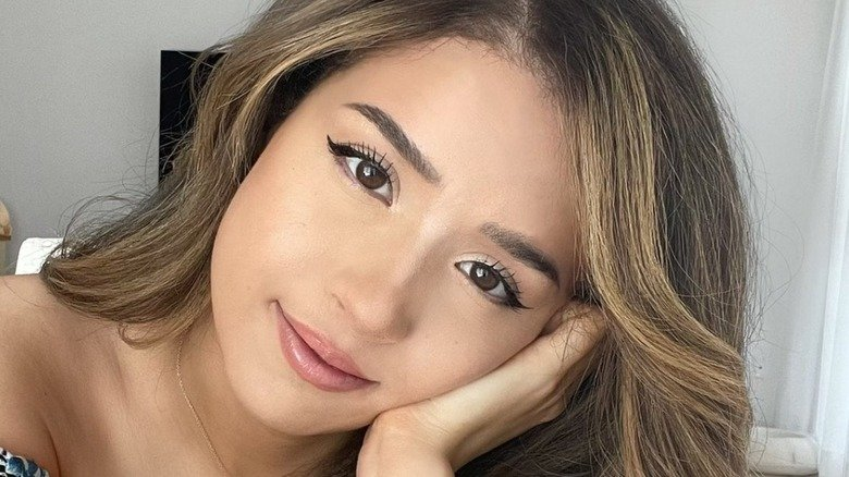 Pokimane Reveals Why She's Turning Down Major Esports Offers