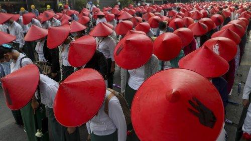 Un couple de Suisses brutalement plongé dans la dictature en Birmanie