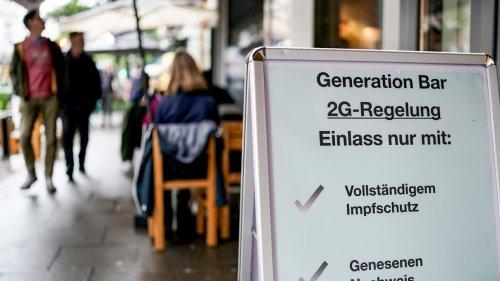 2G-Regel Berlin: Erleichterungen für Geimpfte und Genesene - Schwierigkeiten für Ungeimpfte