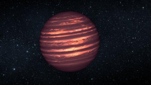 Dark matter might heat exoplanets enough to make them glow