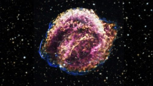How far away are supernovae? Astronomers find a way to tighten measurements