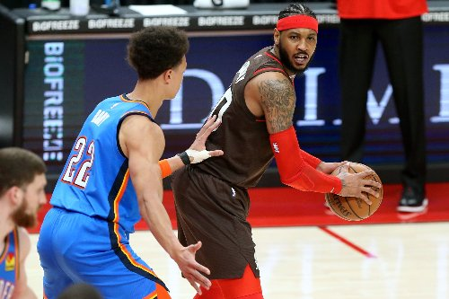 Trail Blazers surprise Carmelo Anthony with special gift after making NBA's top 10 all-time scoring list