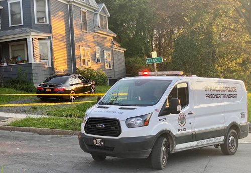 Man reported shot in chest, left leg on Syracuse's Near East Side