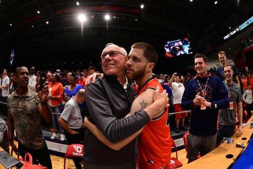 Boeheim's Army wins $1 million in a confetti swirl of Boeheims, Syracuse basketball faithful, a fateful 3