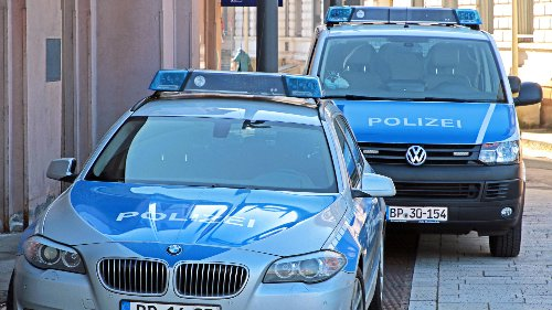 Drei Frauen sollen Menschen nach Deutschland geschleust haben