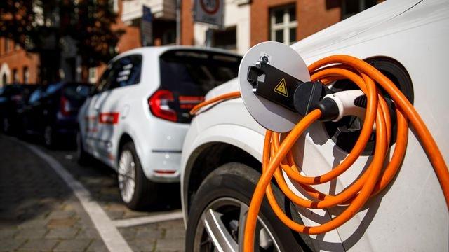 Allianz Untersuchung: E-Autos haben höhere Reparaturkosten als Verbrenner