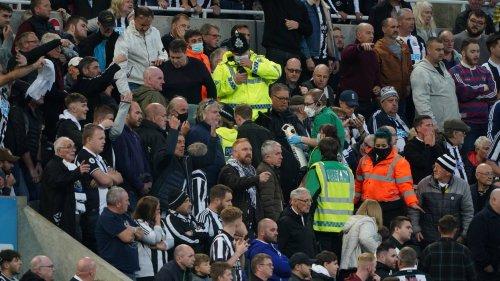 Premier League: Notfall – Spiel zwischen Newcastle und Tottenham unterbrochen