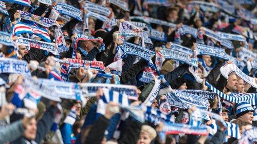 Wegen Banner: DFB-Kontrollausschuss ermittelt gegen Rostock