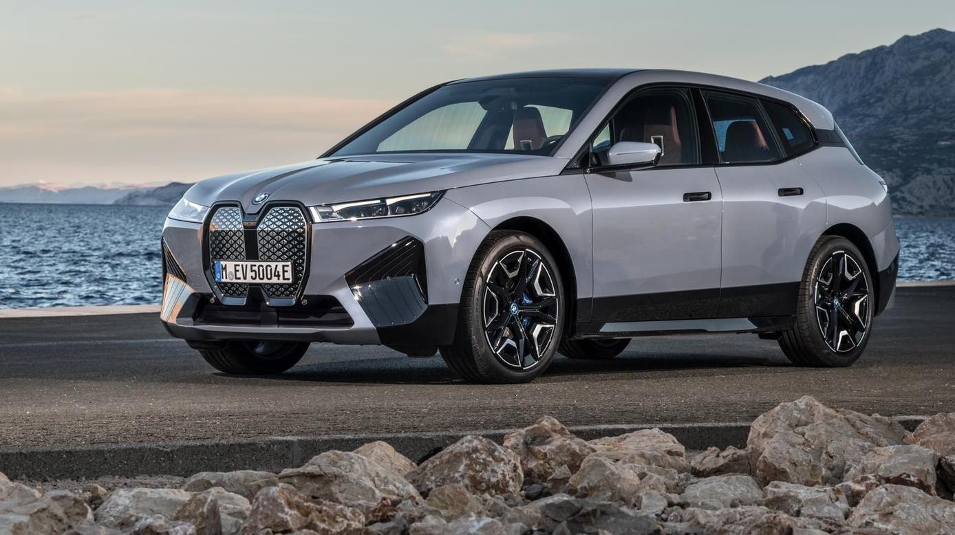 Größtes E-SUV von BMW startet bald