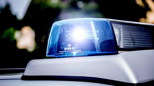Polizei findet Handgranate in Pkw – Spezialisten vor Ort