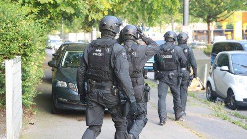 Polizei sprengt Drogenring in NRW – Razzia