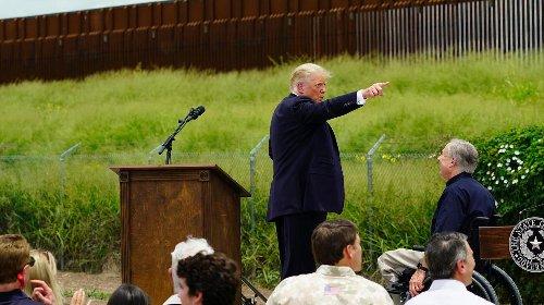 """Trump: """"Oder man hat eine Schraube locker"""""""