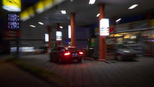 Mann raubt Tankstelle in Frankfurt-Sachsenhausen aus