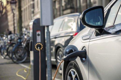 Autoindustrie kritisiert neue Vorgaben für Elektroauto-Prämie