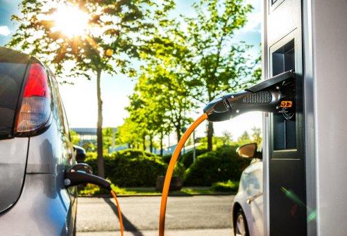 Mehr Deutsche wollen E-Autos – wenn das Ladenetz besser wäre