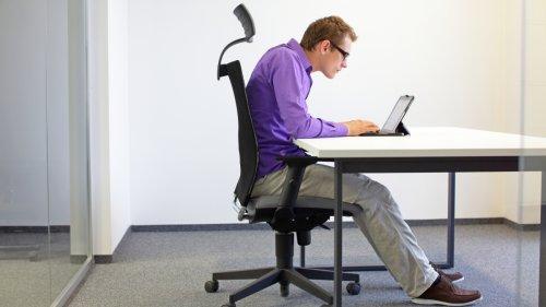 Setz dich anständig hin! Dieser Roboter korrigiert deine Sitzhaltung