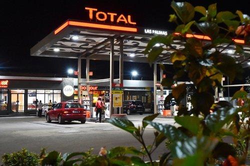 Pflichtanzeige an der Tankstelle: Rechnet die Bundesregierung die Ladestromkosten schön?