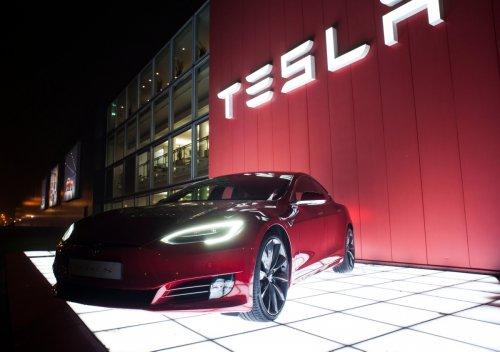 Elon Musk darf sich freuen: Tesla holt Rekord-Quartalsgewinn