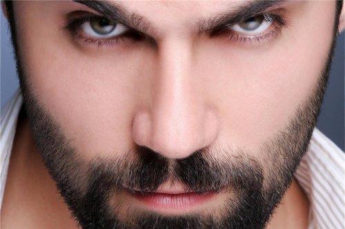 Der Bart: Leider oft lückenhaftes Symbol der Männlichkeit
