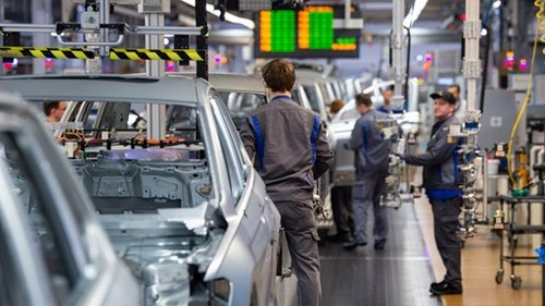 VW streicht Tausende Stellen