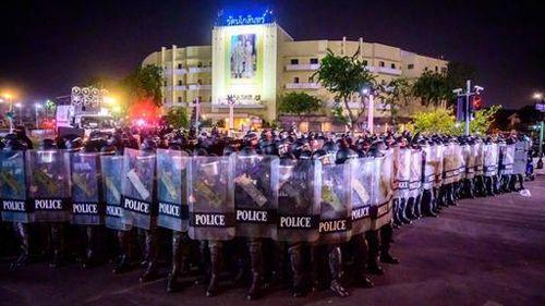 Mit Gummigeschossen gegen den Protest
