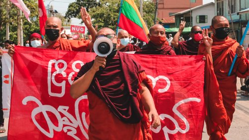 Die Junta nimmt die Mönche ins Visier