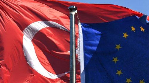 EU stellt Türkei desaströses Zeugnis aus