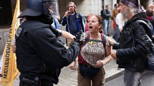 """Querdenker"" im Kampfmodus"