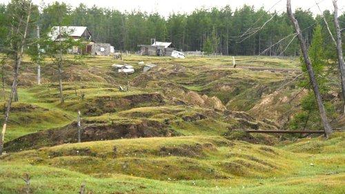 Unter Usun-Kujöl taut der Boden weg