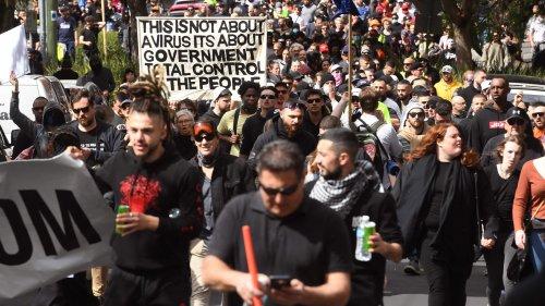 Gewaltsame Proteste in Melbourne