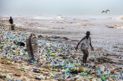Ghanas Kampf mit der Plastikflut