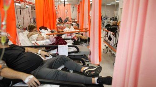 """Ärzte in Rumänien beschreiben Corona-Lage als """"apokalyptisch"""""""