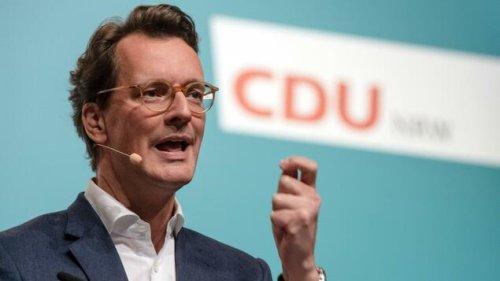 Hendrik Wüst zum neuen NRW-Ministerpräsidenten gewählt